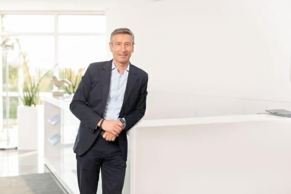 Dr. Reinhard Schlemmer, Axians IT Solutions