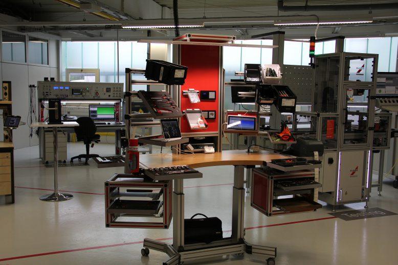 it_15_pm_19_smart_factory