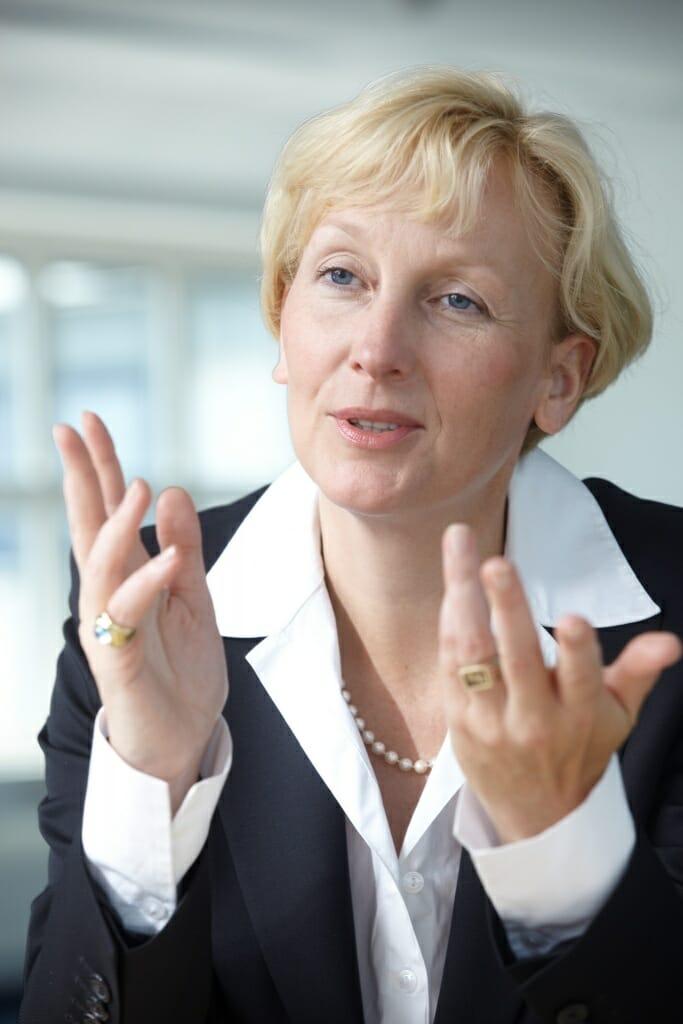 Sabine Bendiek ist Geschäftsführerin der EMC Deutschland GmbH und Mitglied des BITKOM-Hauptvorstands.