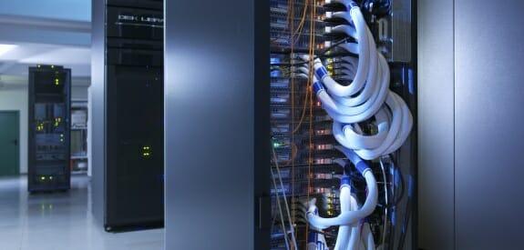 T-Systems stellt eine hochsichere Private-Cloud-Umgebung bereit.