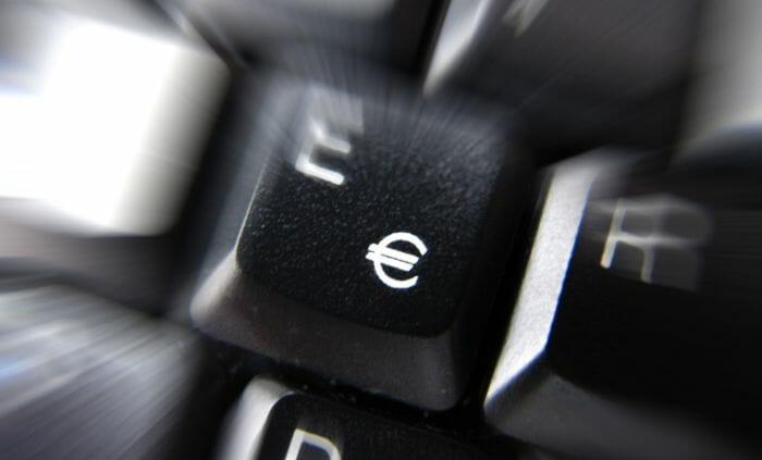 Euro-Zeichen auf der Tastatur.