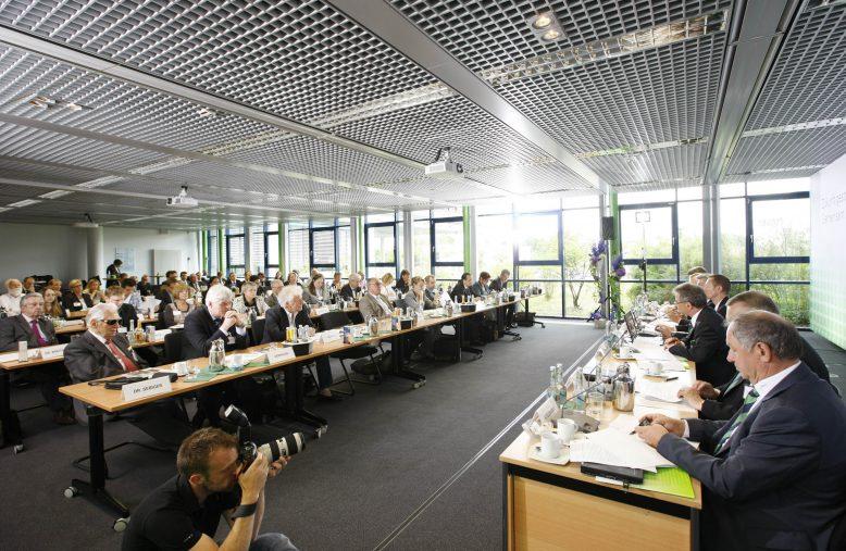 datev_jahrespressekonferenz_07-2013