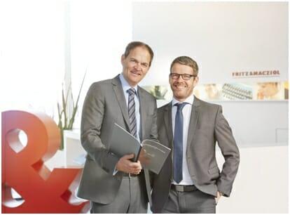 FuM-Geschäftsführer Schallhorn und Pawlowski.