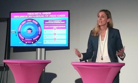 Anette Bronder, Geschäftsführerin der Digital Division der T-Systems: Mit dem Fokus auf Digital Division unterstützen wir unsere Kunden bei der Digitalisierung.